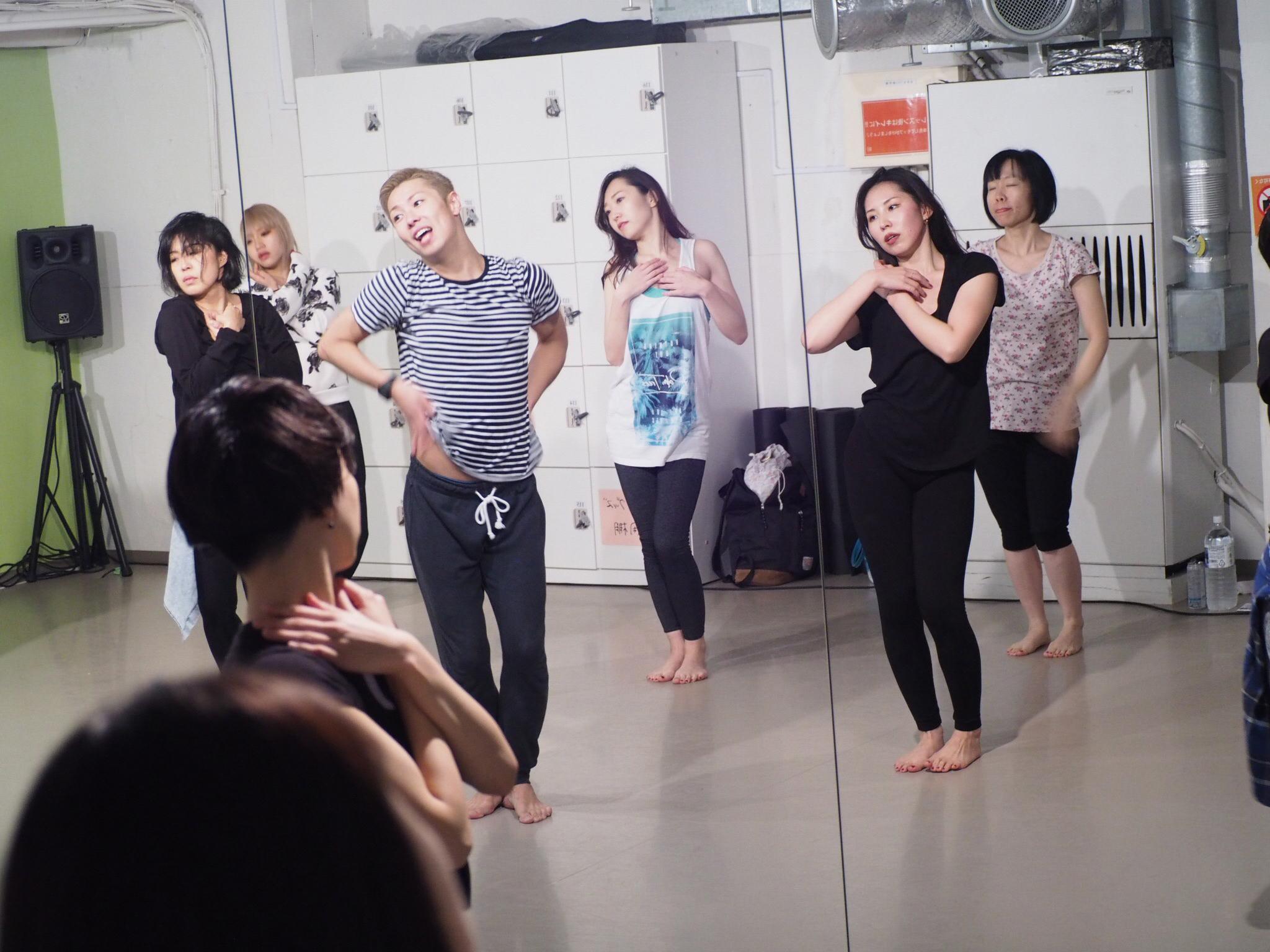 記事「アンニョンハセヨ~ 韓流好きは集まれ!《第❷弾》K-POP好き以外も集まる!?Pe6co先生クラスに潜入!!」の画像