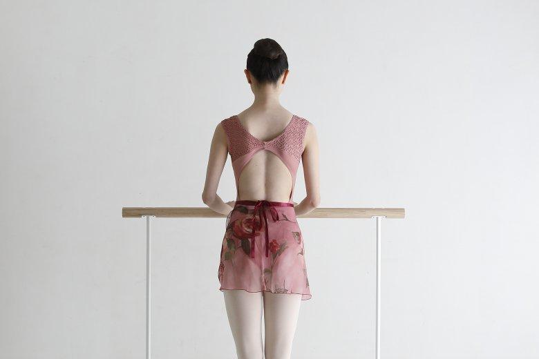 記事「股関節から正しく脚を開き、表現の幅を広げる!「バレエのための解剖学-ターンアウト-」」の画像