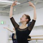 この夏、バレエ・コンテの上達を目指したい学生&U-22歳の方にチャンス!!