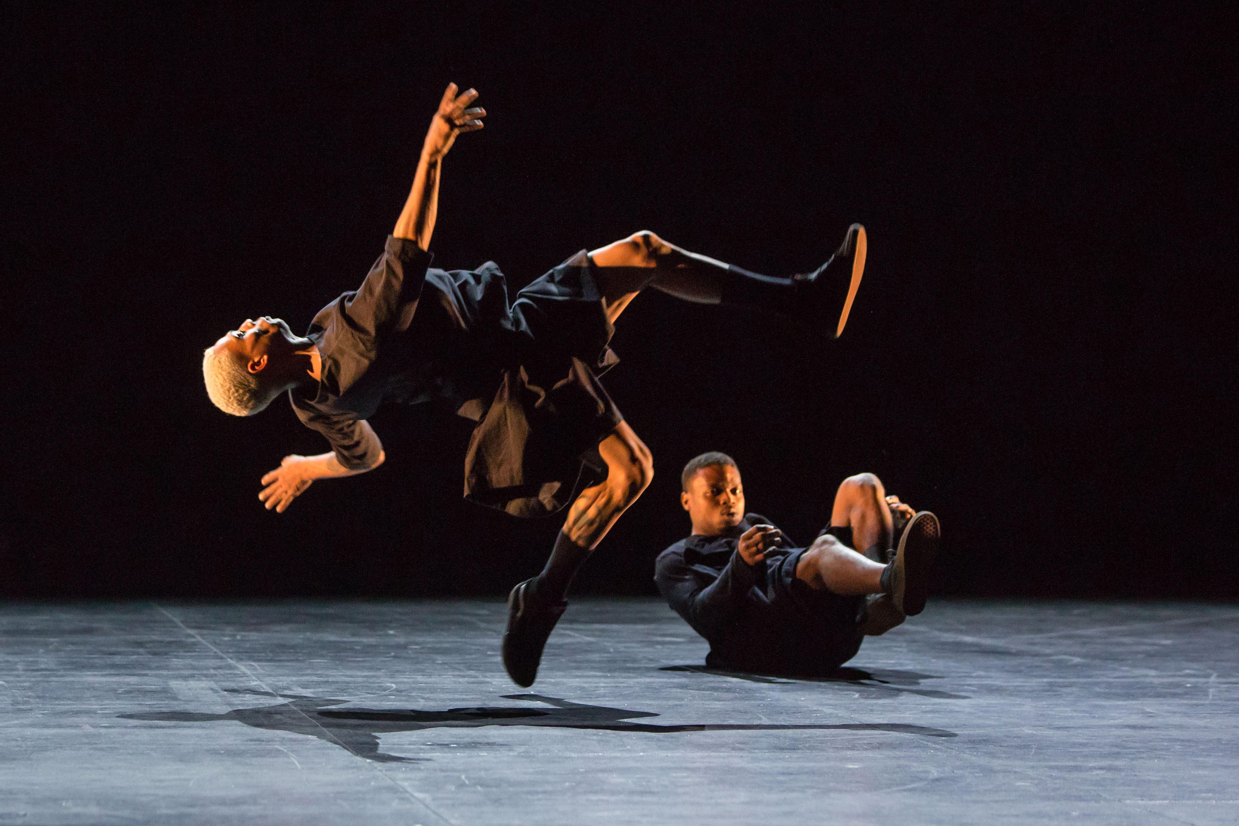 ブラジル発、超絶ストリートダンスの進化系カンパニー グルーポ・ヂ・フーア最新作がアジア初上陸!!