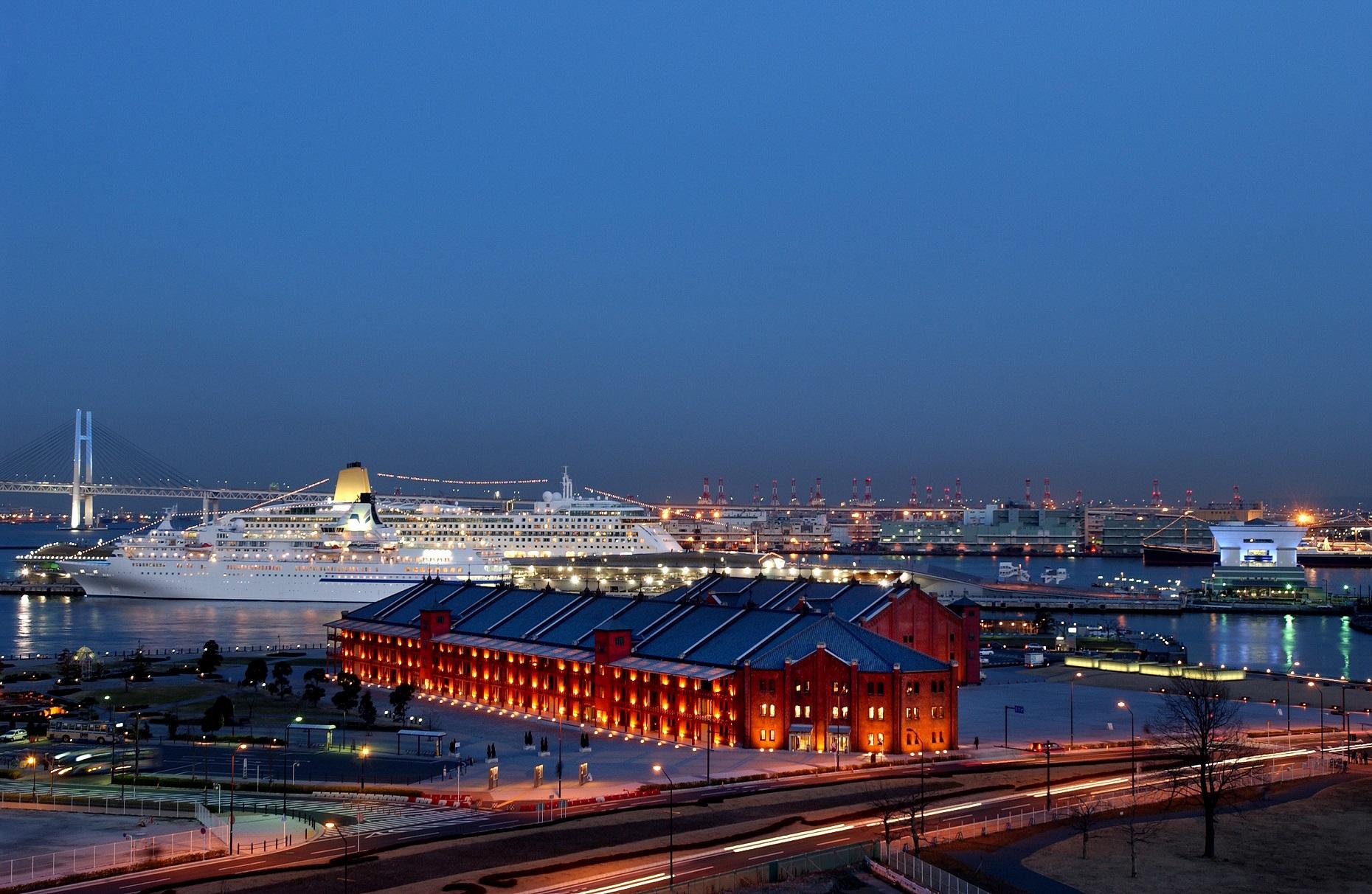 参加者募集中!!!! 横浜赤レンガ倉庫「企業・地域と劇場をつなぐ赤レンガ・ダンスプロジェクト」とは!