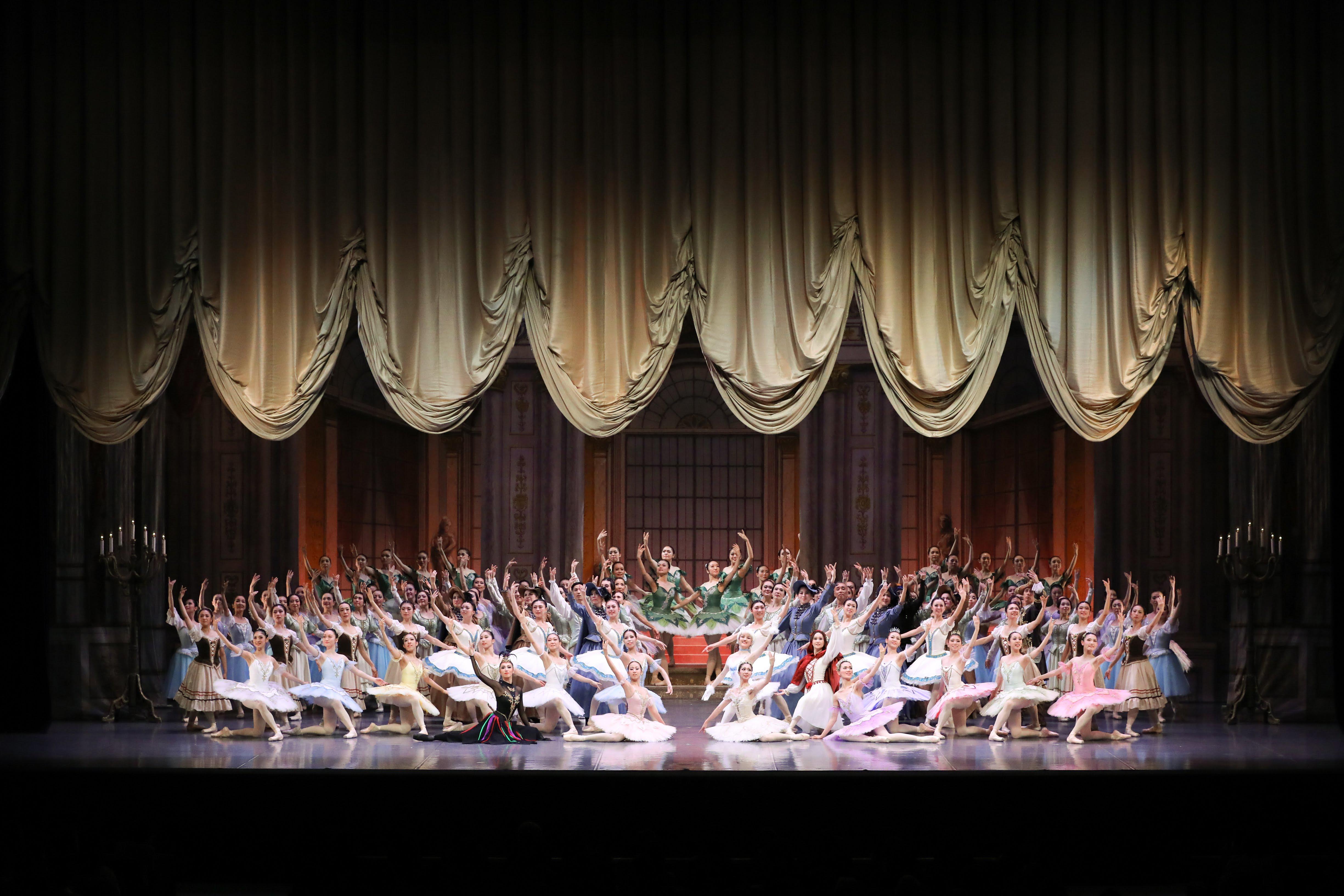 バレエスタジオAngel R Dance Palaceの全幕舞台を大解剖!!