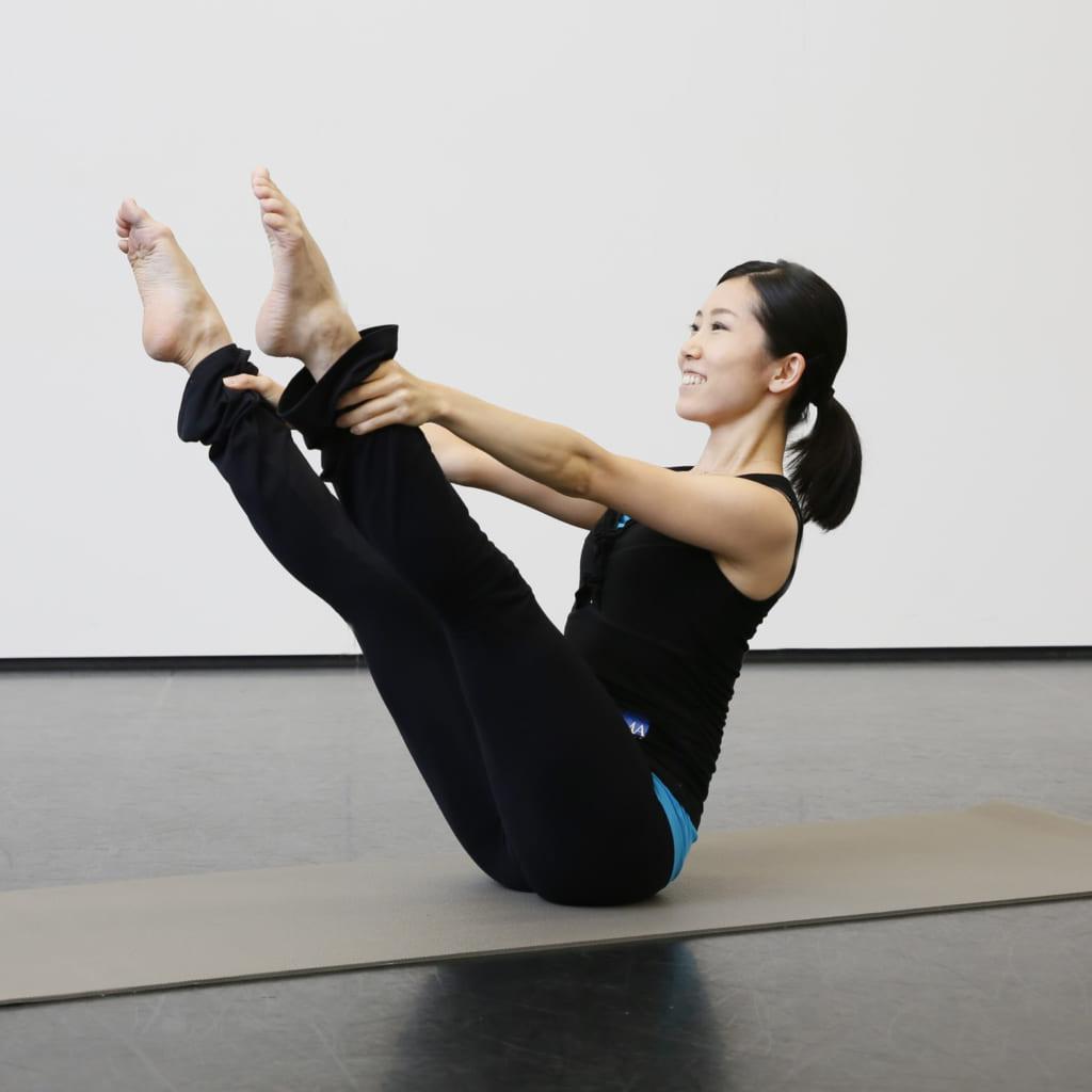 お腹から足を持ち上げるってどういうこと?「バレエのための解剖学-腸腰筋編-」